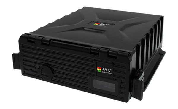8路防水车载硬盘录像机 支持GPS 3G 第1张